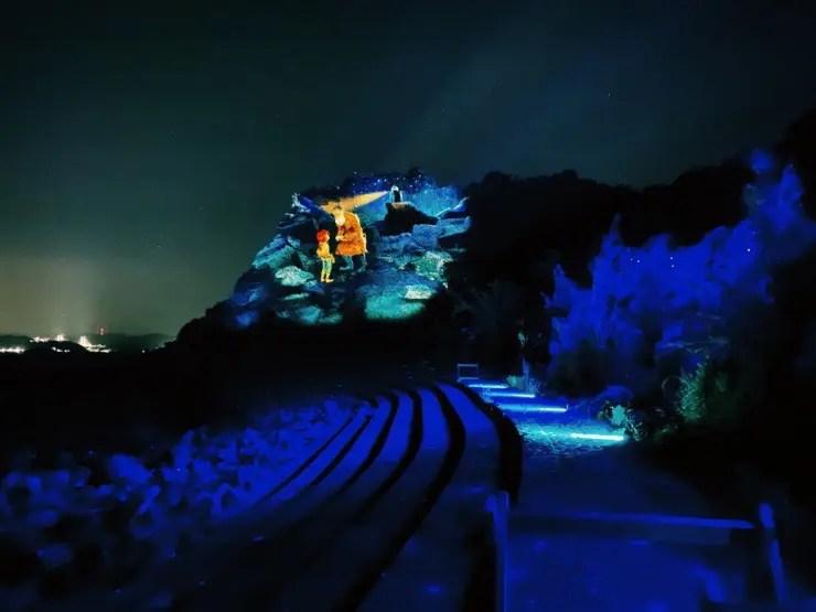 山一面に映し出される美しい映像