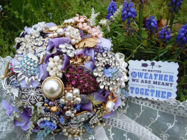 How To Make A Brooch Bridal Bouquet