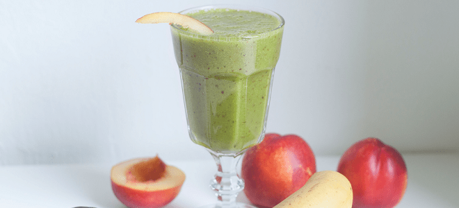 Recipe: Tutti Frutti Matcha Smoothie