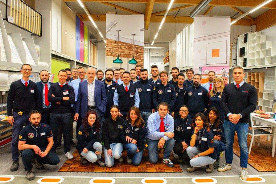 Lo staff del negozio di Villanuova sul Clisi (BS)