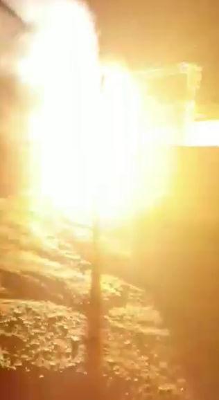 Diyarbakır'da trafo bomba gibi patladı