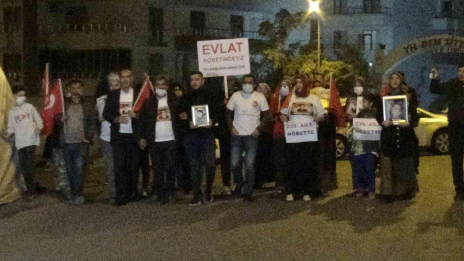 HDP'den kardeşini isteyen ağabey, evlat nöbeti eyleme katıldı