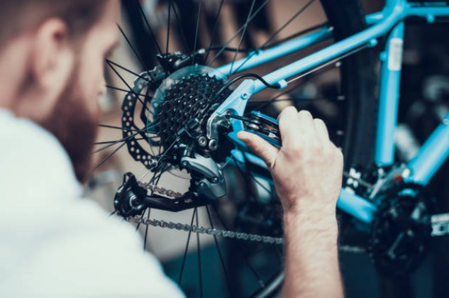 repair bicycle from home