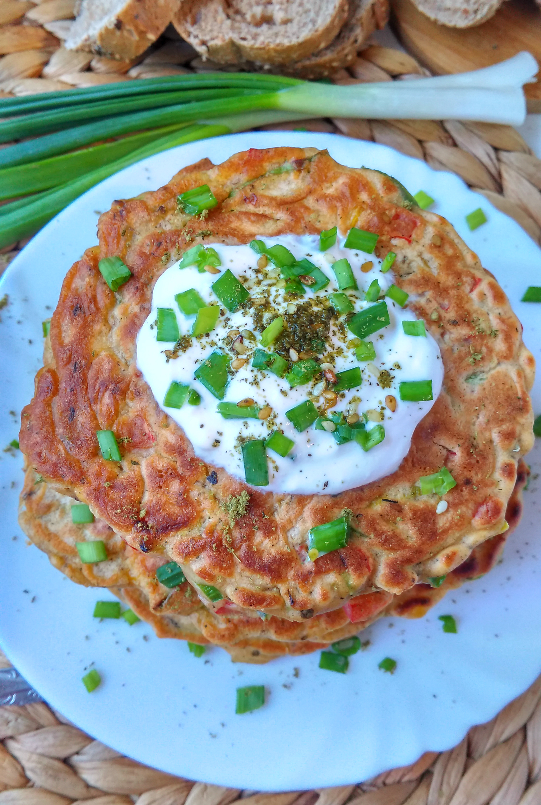 Savory_Bell Pepper_Sweet Corn_and_Leek_Pancakes_diybites_2