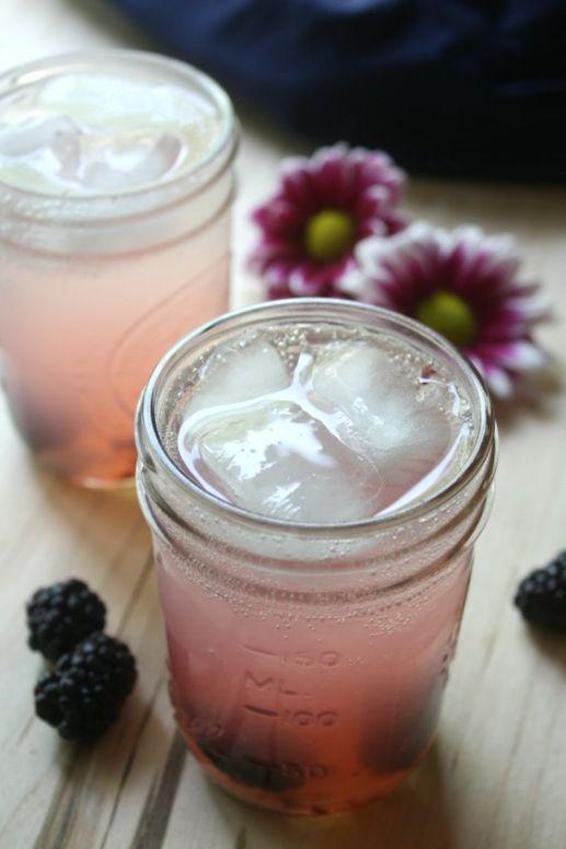 Blackberry vodka lemonade fizz