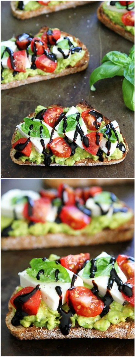 This caprese avocado toast will having your DROOLING! Look at that delicious glaze!