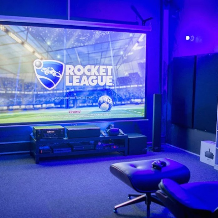 Projector Gaming Room