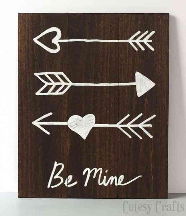 DIY Valentine's Day Arrow Art - DIY Candy