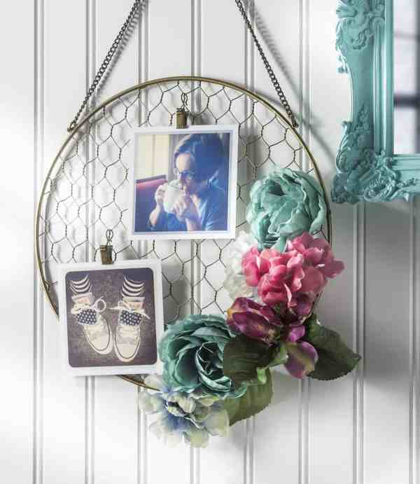 Pretty DIY Floral Hanging Frame - DIY Candy