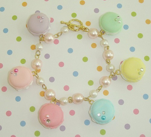 RAINBOW DREAMS Ltd Ed Handmade Pastel French Macaroon Faux Whipped Cream Pearl Link Chain Bracelet by jyyydesigns