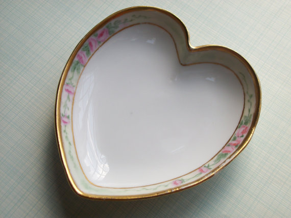 Vintage Welmar Porcelain Heart Roses Made in Germany by thewildrecluse