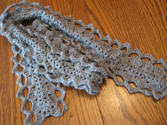 Harry Potter character Luna Lovegood inspired Scarf by Crochetandmore