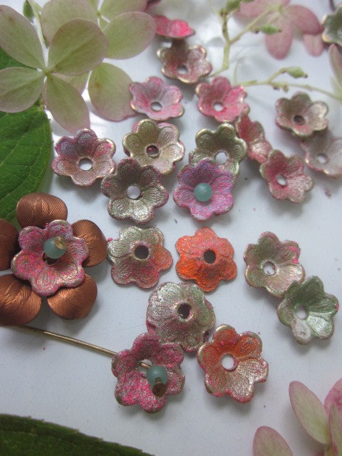 20 Shabby Chic Painted Metal Flowers by WhoKnowsWhat