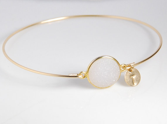 Quartz druzy bangle bracelet, 14K gold filled bracelet, personalized gemstone bracelet, stackable, w / genuine natural gemstone by JWjewelrybox