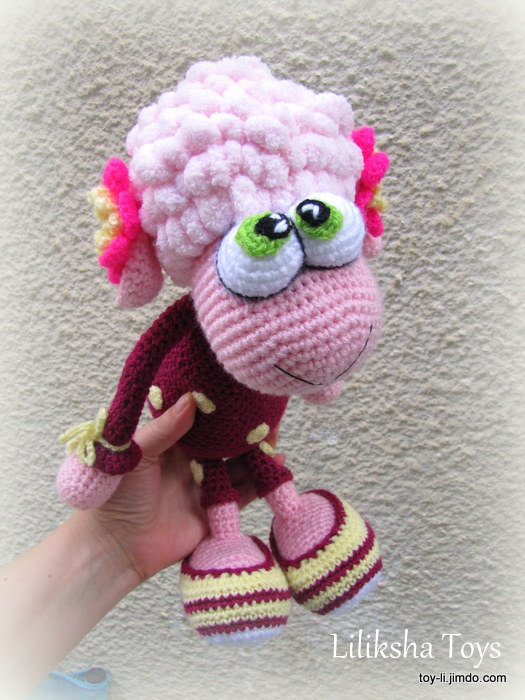 Crochet toy Amigurumi Pattern – Little Sheep in pajamas, with a tiny duck by LilikSha
