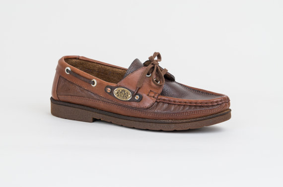 Brown Leather Boat Shoes – Vintage Deck Shoes Made in Italy – Womens US size 6.5 / Euro 37 by DeLaBelle