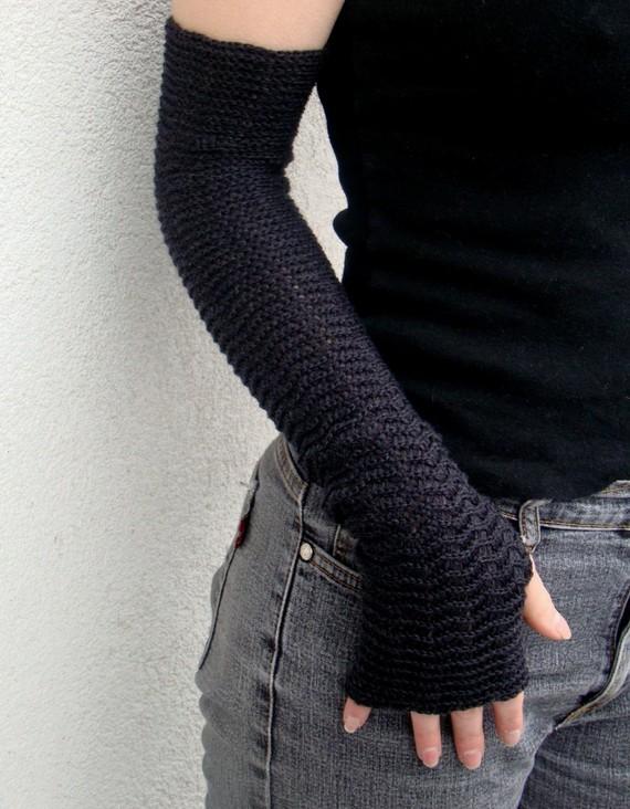Arm Warmers Fingerless Gloves Merino Zigzac Style Dark Gray Charcoal Mittens Mitaines Armstulpen Wrist Warmers by deliriumkredens