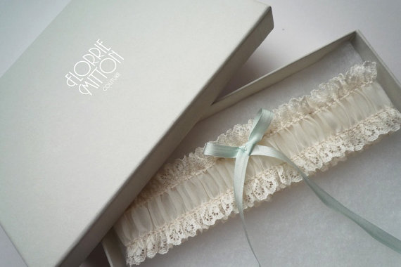 a l i c e ivory lace garter by florriemitton