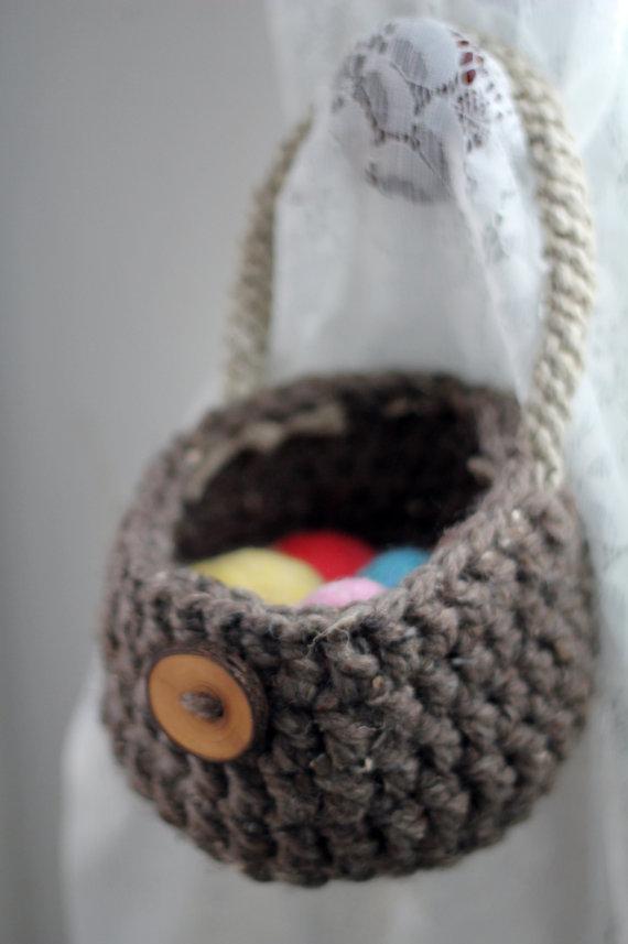 Crochet PATTERN Doorknob Basket, Chunky Hanging Organizer, Wool and Hemp by CuddleMeKnits
