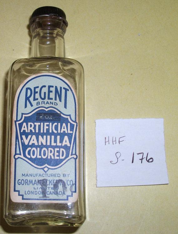Regent Brand Artificial Vanilla Colored labelled Bottle #HHF S 176 by hobohillfarm