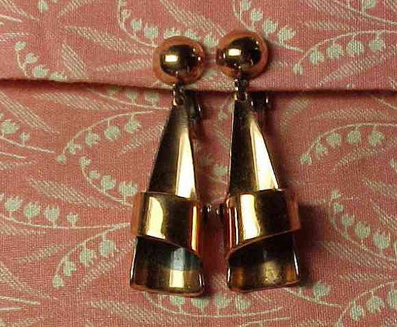 Vintage Signed Renoir Copper Clip on Dangle Earrings by smalls4utoo