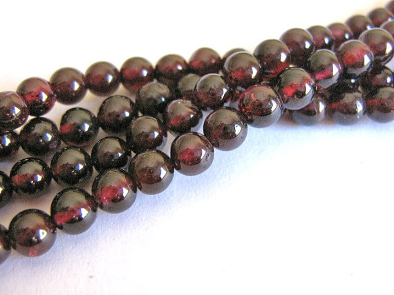 Garnet Beads 4mm Round Red Gemstone Bead 47pcs by Beads2string