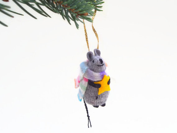 Christmas Mouse, Christmas ornament, hanging mouse, waldorf mouse, mouse ornament, mouse with star, winter mouse by EvesLittleEarthlings