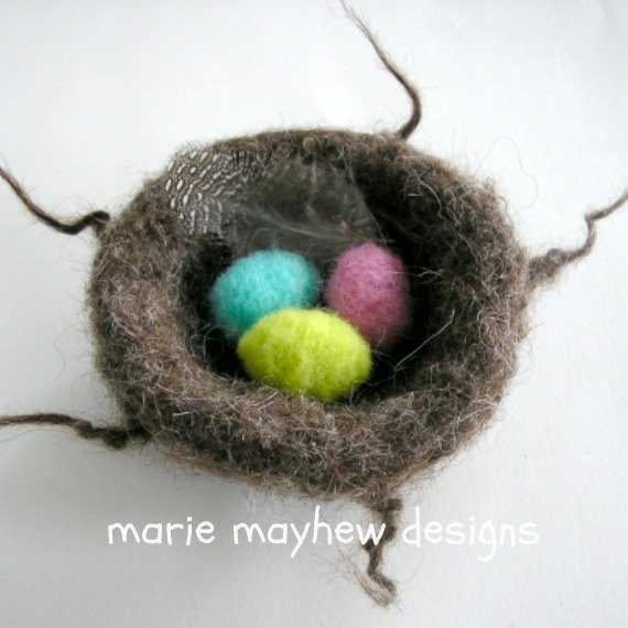 HAND-KNIT. Woolly Knitted & Felted Nest with eggs by woollysomething