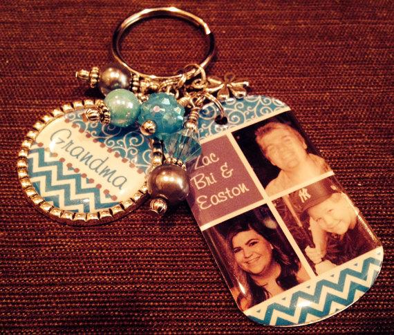 PERSONALIZED Grandma Gift, PHOTO Key Chain, Mom, Grandma, Aunt, Nana, Mimi, Mother's Day Jewelry by pixelilicious