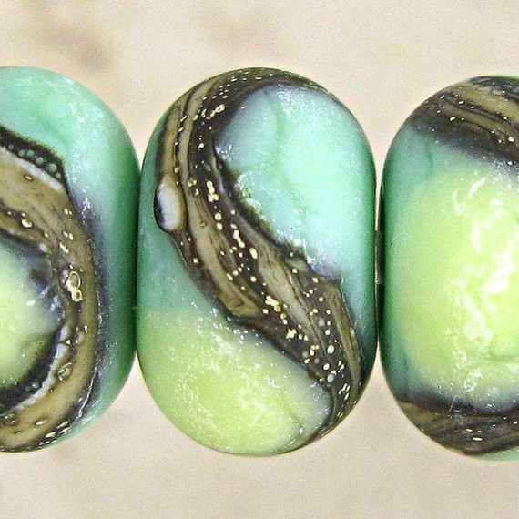 Green Etched Lampwork Glass Bead Set of 6 with Organic Webbed Silvered Ivory Small 11x7mm Little Sirona Velvet by SpawnOfFlame
