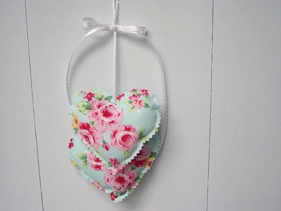 Pink and Blue Heart Hangings, Valentine Hearts Wall hanging, Fabric Hearts Wall Hanging, Valentine Decorations by MyCraftBooth