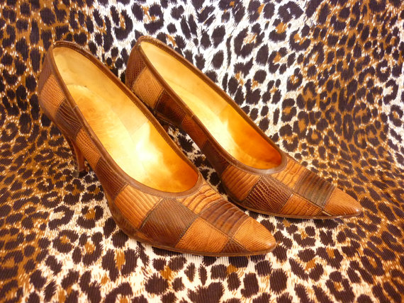 Checkerboard Patchwork Reptile Skin Siletto Shoes from the 50s SZ 5.5 by decotodiscovintage