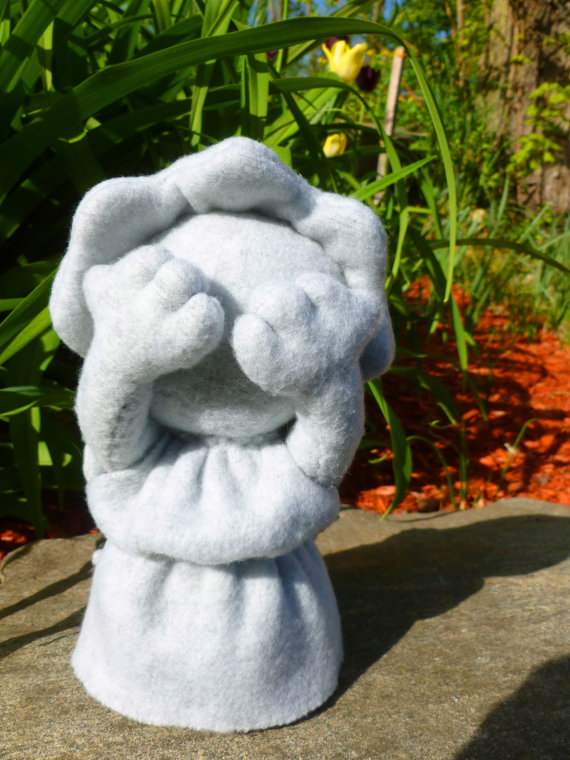 Weeping Angel Pocket Plushie by Zoobliez