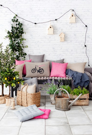 Small-Balcony-Design-Ideas-18