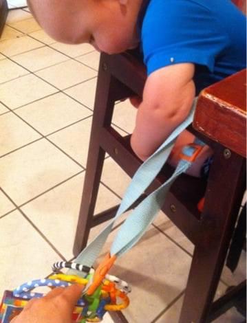 DIY Easy Toy Tether
