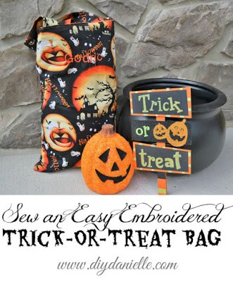 Easy Embroidered Trick-or-Treat Bags