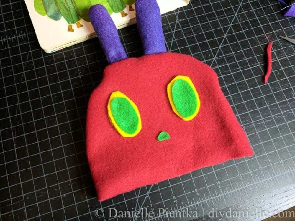 DIY Hungry Caterpillar Hat for Baby