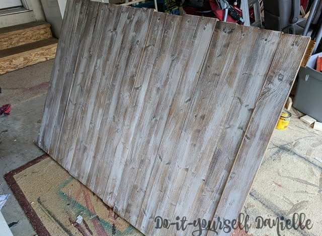 DIY Distressed Photo Backdrop and Cutting Table