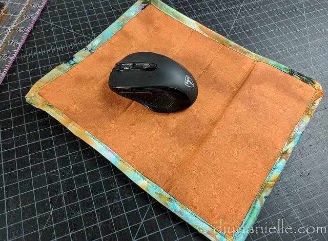 DIY Mouse Pad with Wrist Rest