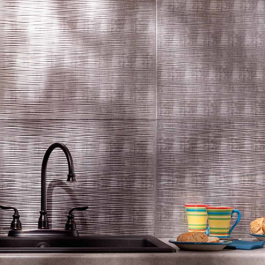 Fasade Backsplash - Ripple in Crosshatch Silver