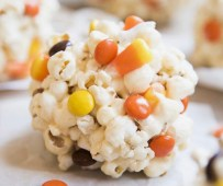 Boo Basket Ideas: popcorn balls