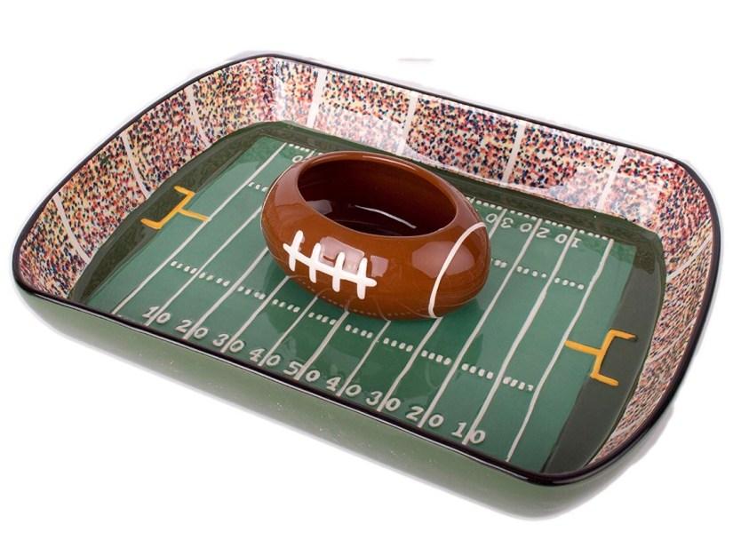 Super Bowl Party: Chip & Dip Server
