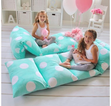 Places for kids to sit: pillow bed