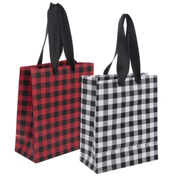 buffalo plaid gift bag