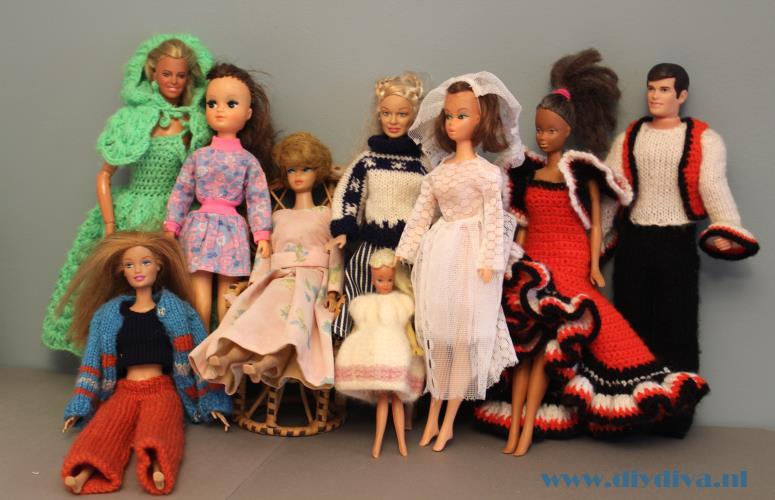 Mijn barbiekleertjes en hun roots (met patroon)