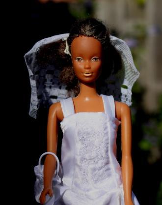 zelfgemaakte barbie trouwjurk diydiva