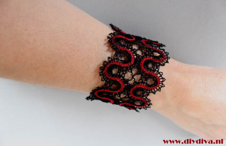 Battenberg lace bracelet Celtic diydiva