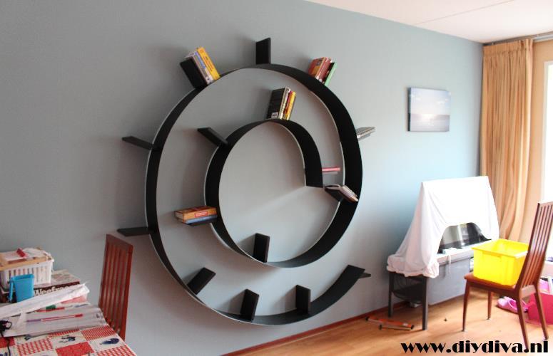 boekenwurm boekenplank ophangen diydiva