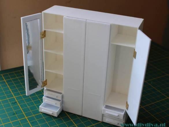 Miniatuur Ikea Pax kast af!