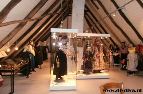 klederdracht museum Hellendoorn Erve diydiva